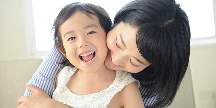 楽しく暮らす母と娘